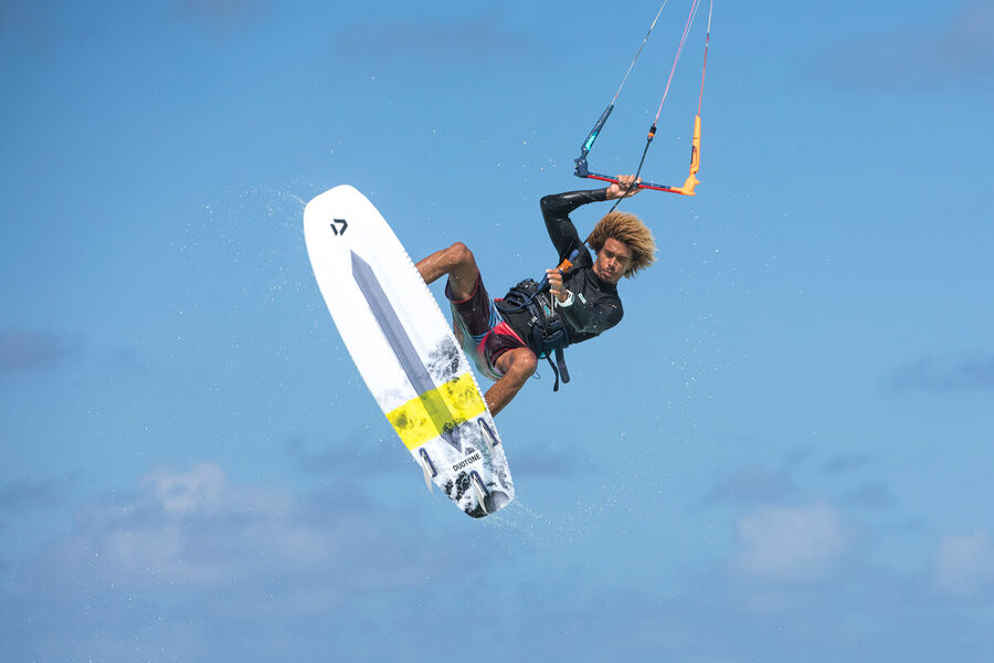 Duotone Kiteboarding Academy App Strapless Matchu Lopes