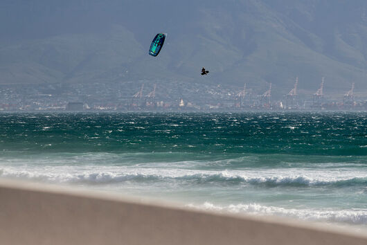 Duotone Kiteboarding King of the Air 2020