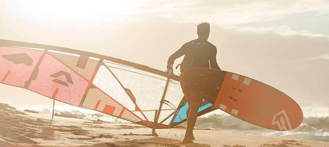 Duotone Windsurfing victor header