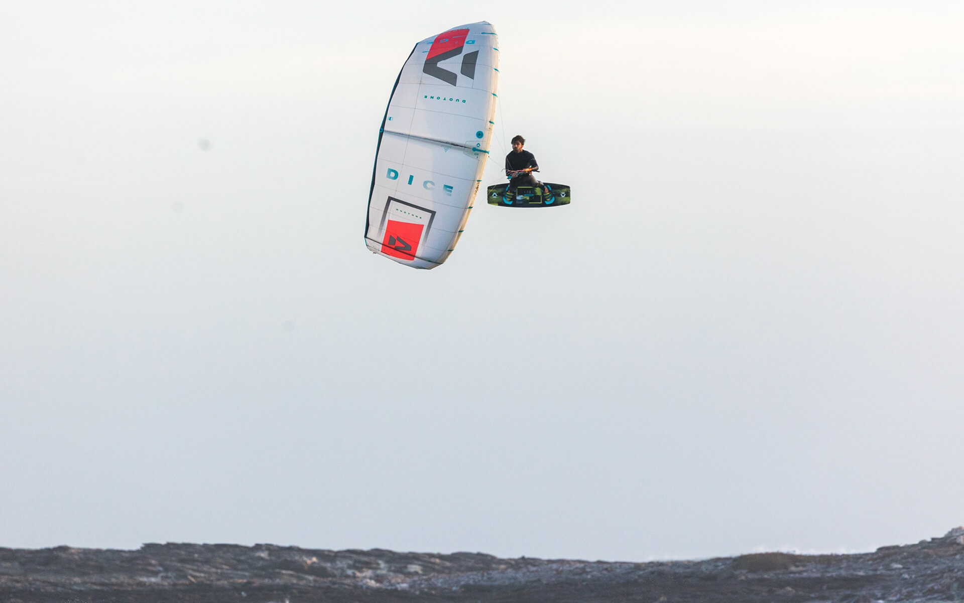 Duotone Kiteboarding Dice 2020 Action shot Reno Romeu