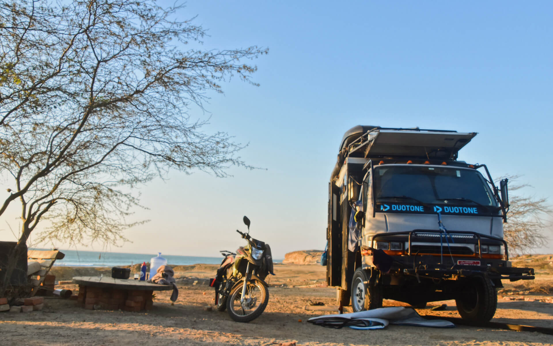 Duotone Kiteboarding Camper follow the rio