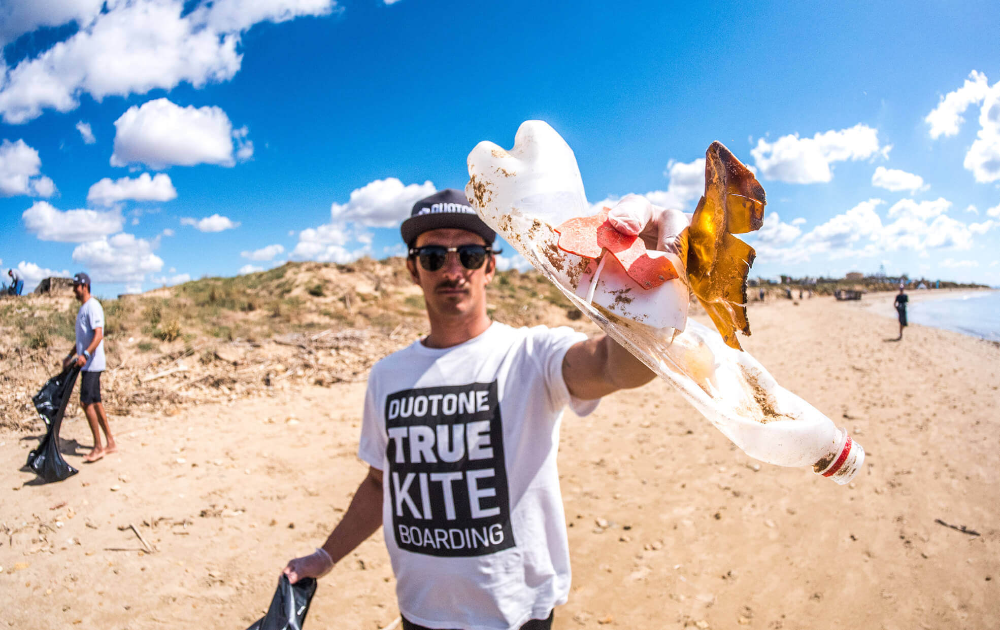 Duotone Kiteboarding Clean Beach Day Sicily Italy Gianmaria