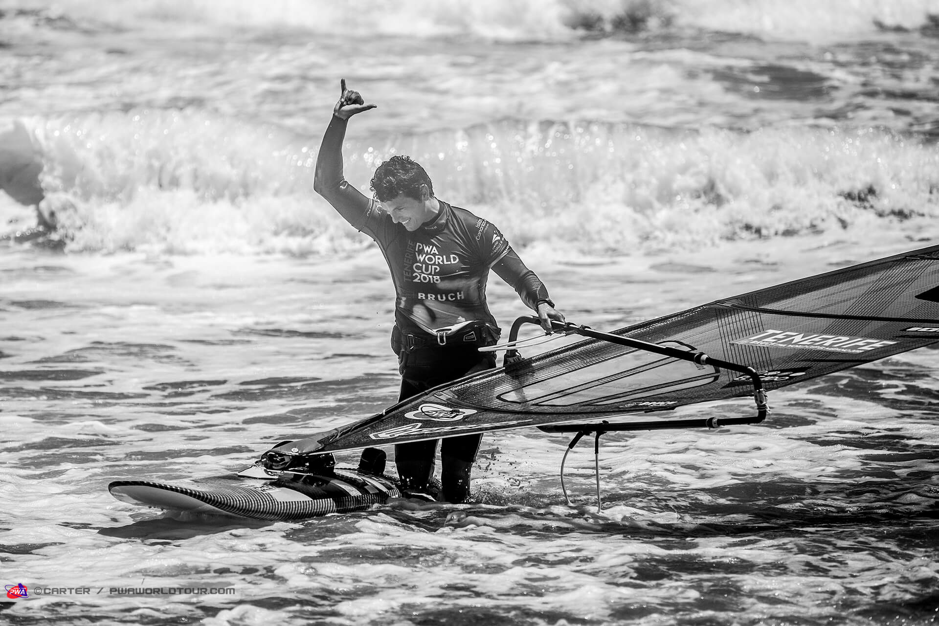 Duotone_Windsurfing_Victory_for_Fernandez