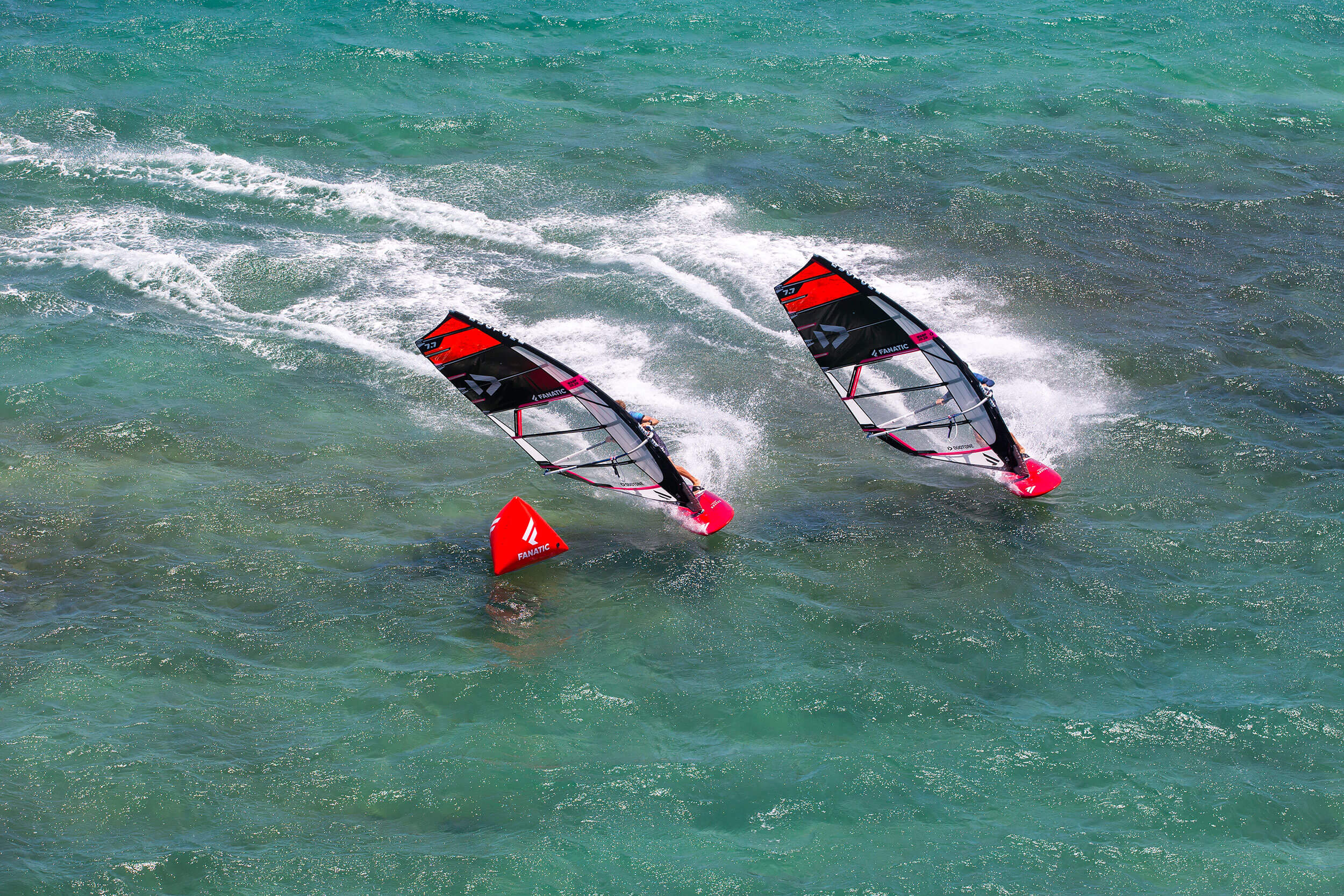 Duotone Windsurfing Sail Warp 2020 Pierre and Jordy Maui
