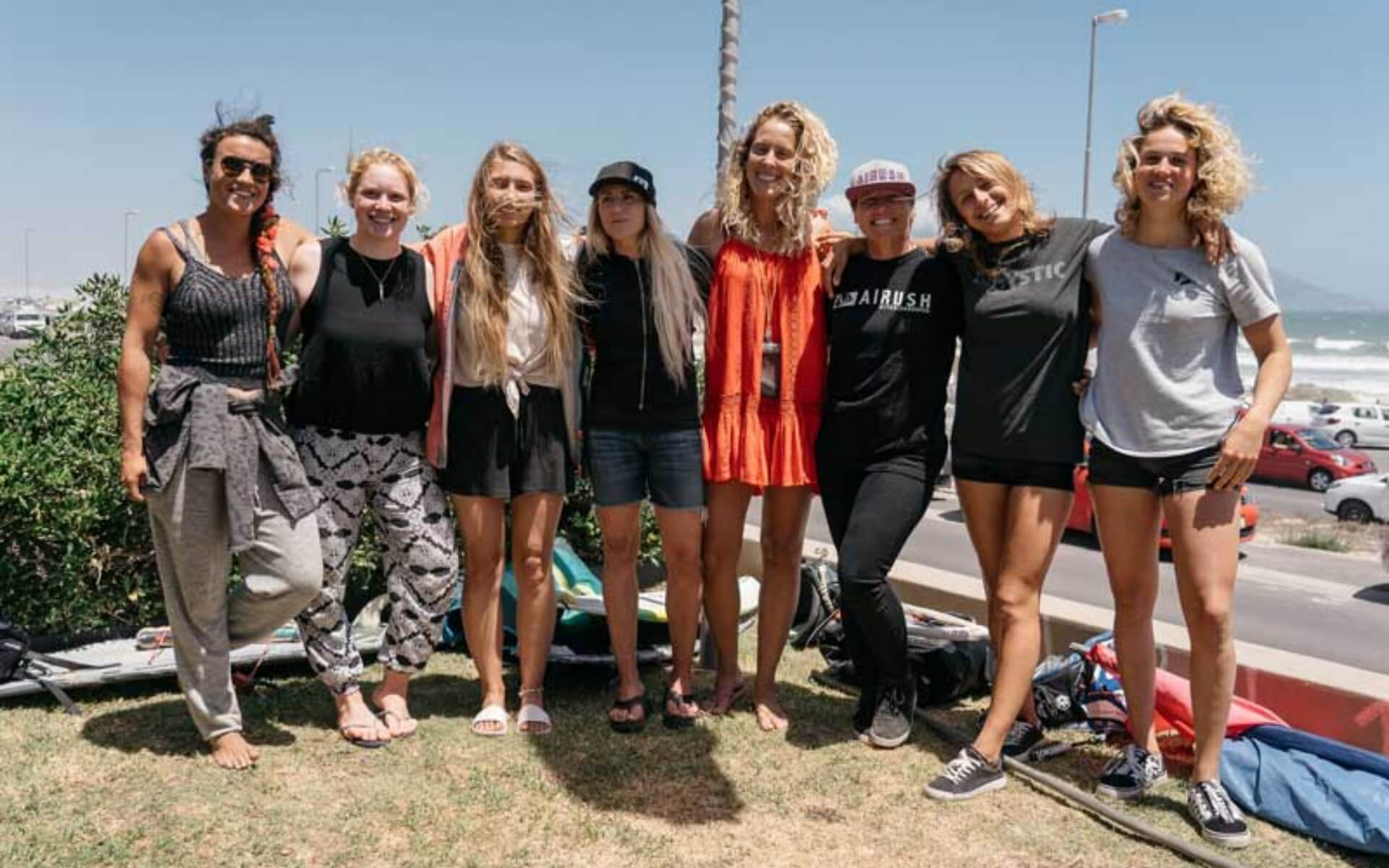 Duotone_Kiteboarding_Teamrider_Pippa_with_competitors_CPT_2019