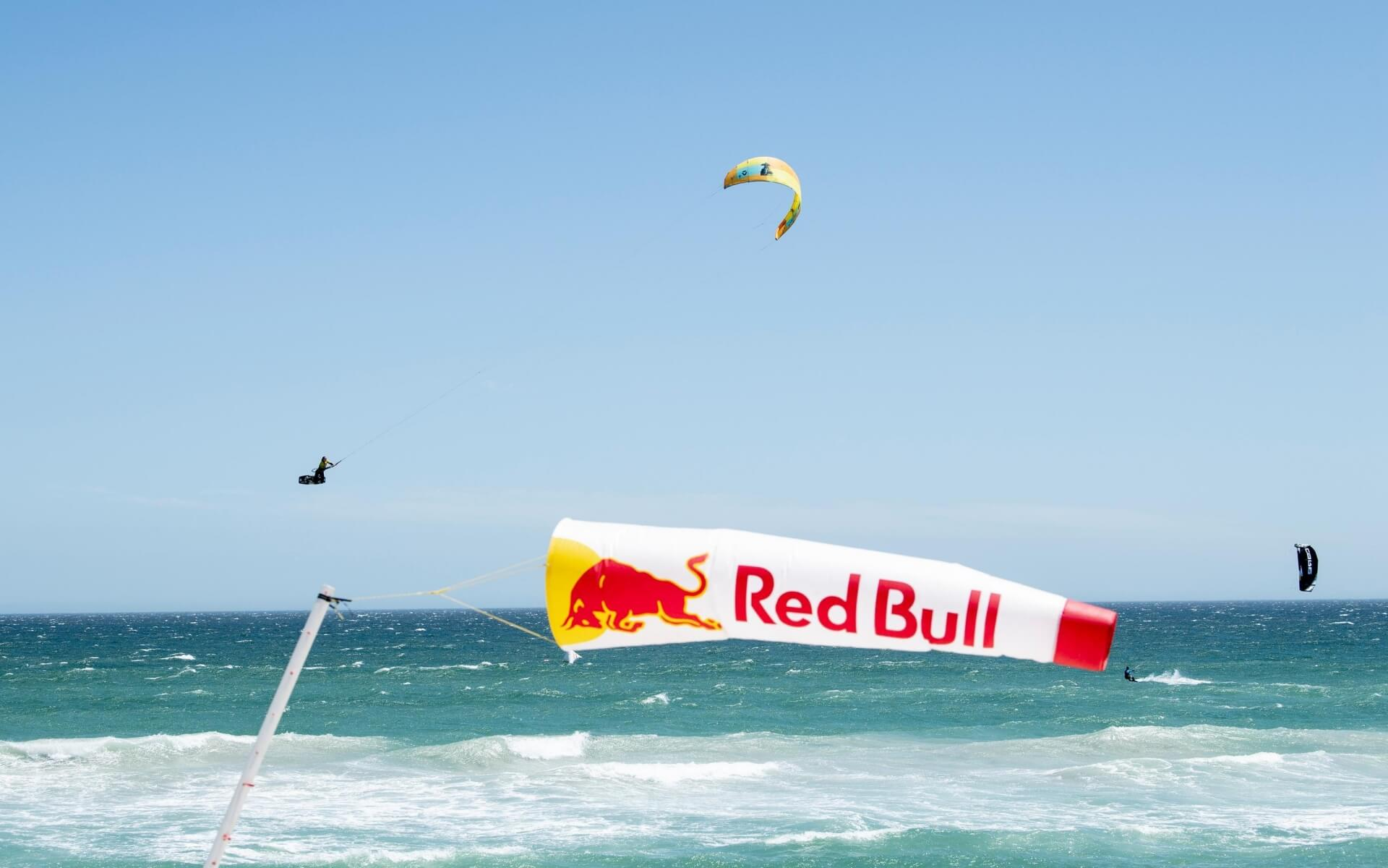 Duotone_Kiteboarding_Dice_2019_Red_Bull_Expression_Session