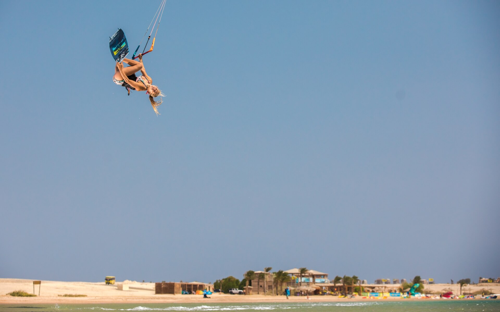 Duotone_Kiteboarding_Team_Hannah_Whiteley_Egypt_I