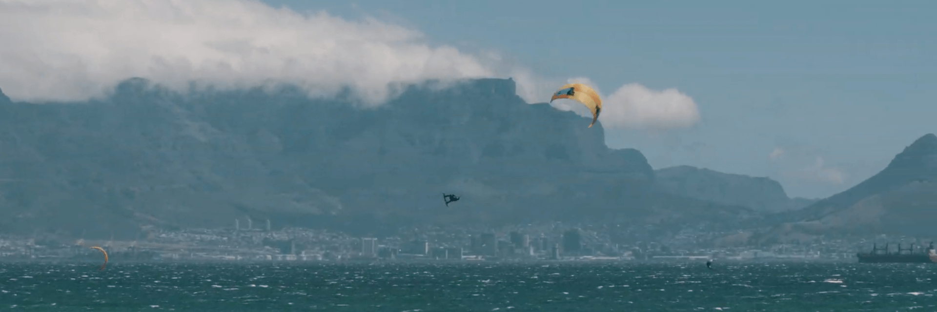 Duotone_Kiteboarding_Dice_2019_King_of_the_air