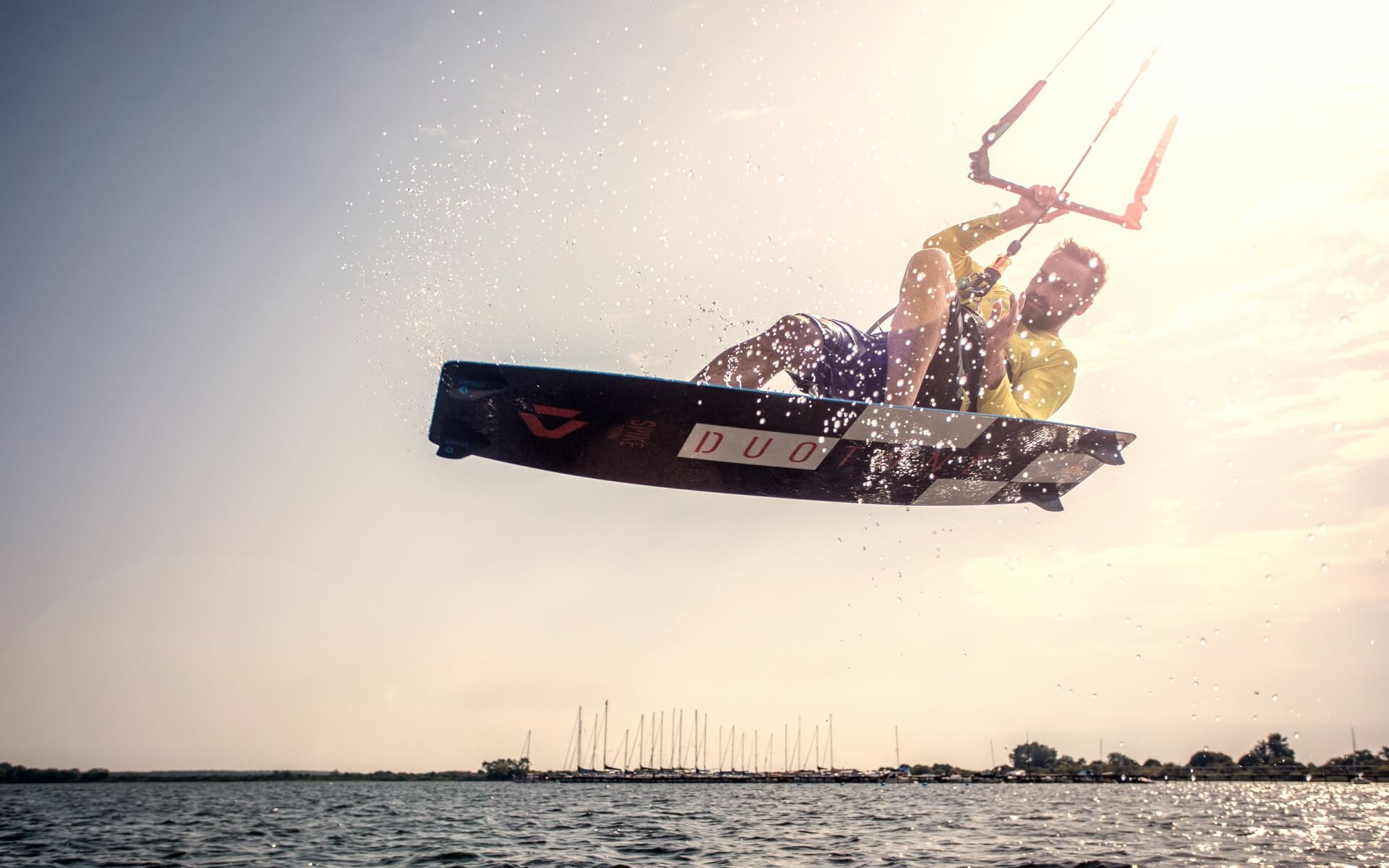 Duotone_Kiteboarding_Ralf_Groesel_Action