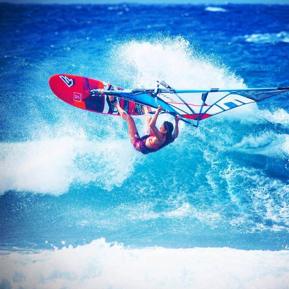 Duotone_Windsurfing_Team_Shawna_Cropas_Wave