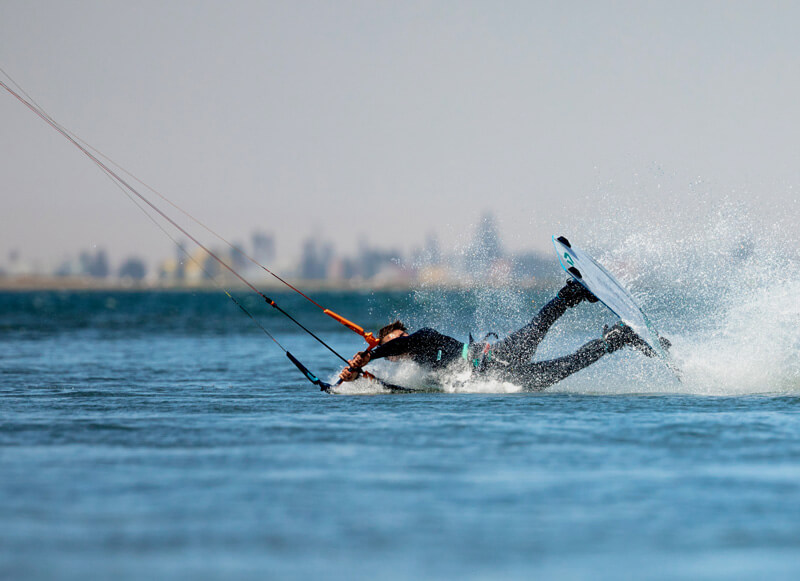 Kiteboarding crash